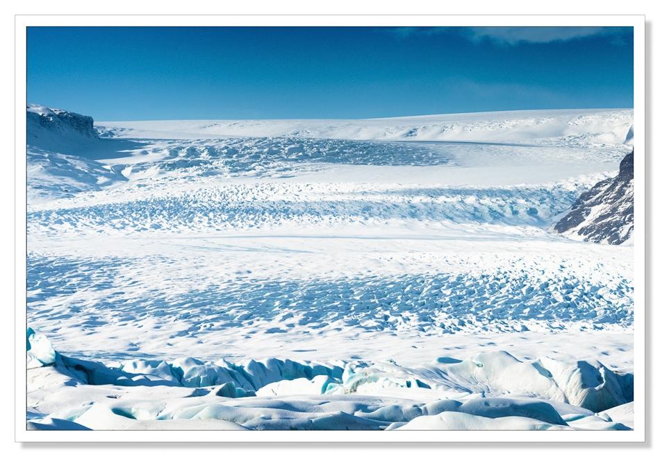 Vatnajökull Glacier in Winter